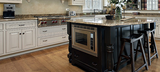 Two Tone Kitchens Combine Light And Dark Cabinets For A Striking Style Mission Kitchen Bath
