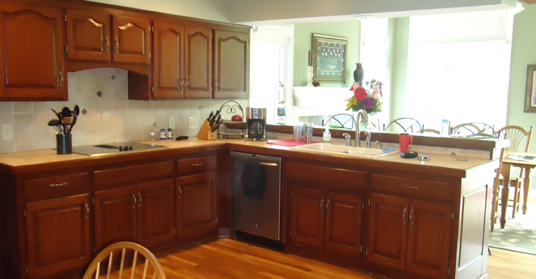 Leawood kitchen_before_missionkb